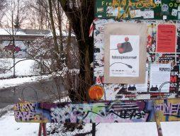 Eingang und Plakat zur Telespielomat 2004. (Bild: André Eymann)