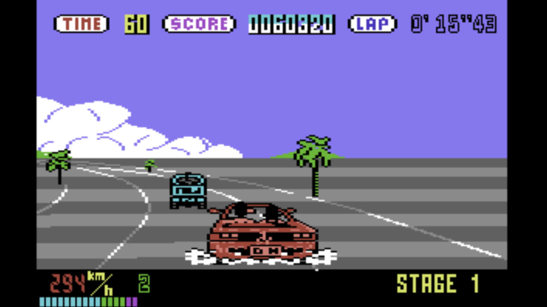 Jeder kannte, jede kaufte Out Run: Weihnachten 1987 brachte Segas Arkadekracher aus 1986 nach Hause. Wenngleich die Konvertierungen zweifelhafter Qualität waren, fesselte U.S. Gold, die Schulleistung musste einen Gang zurückschalten. (Bild: US Gold)