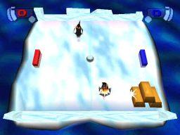 Pong von Hasbro Interactive. Pinguine schlittern über das Eis. (Bild: Atari)
