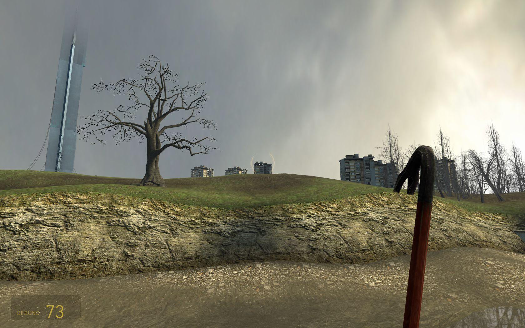 Die Kanal-Route verdeutlicht, wie eng Natur und Urbanität in Half-Life 2 miteinander verflochten sind. Hinten links ist die Zitadelle zu sehen. (Bild: André Eymann)