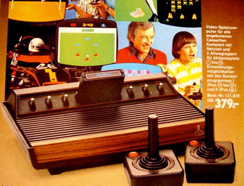 Das Atari VCS im deutschen Handel. Video-Spielcomputer für 379,00 DM. (Bild: Atari)