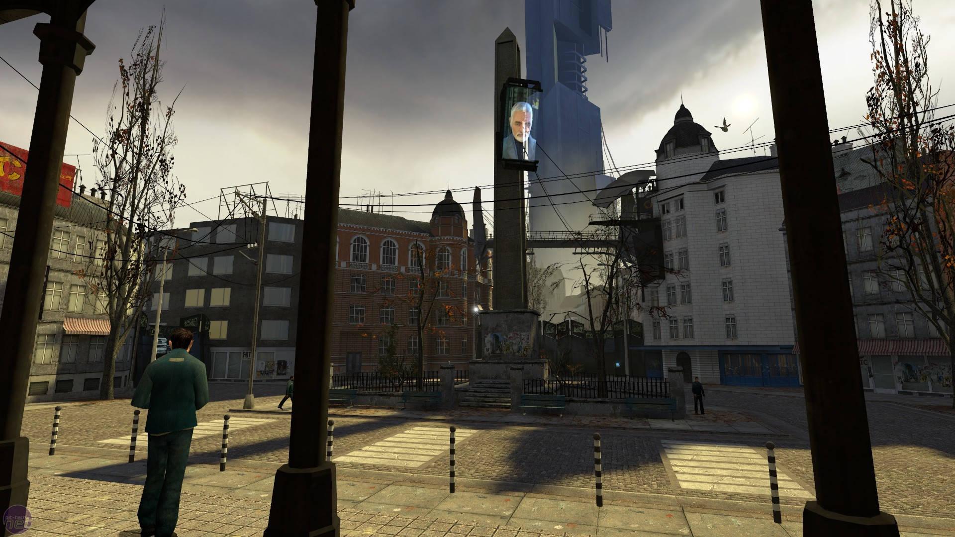 Der Bahnhofplatz von City 17. Die Idylle täuscht. Die Stadt ist ein trostloser Ort. (Bild: Valve)