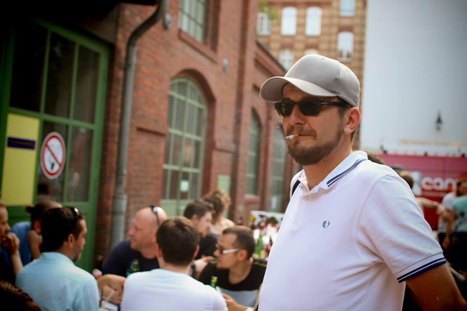 Sebastian auf der Eröffnungs Party des Saftladen Indie Kollektivs. (Bild: Jörg Friedrich)