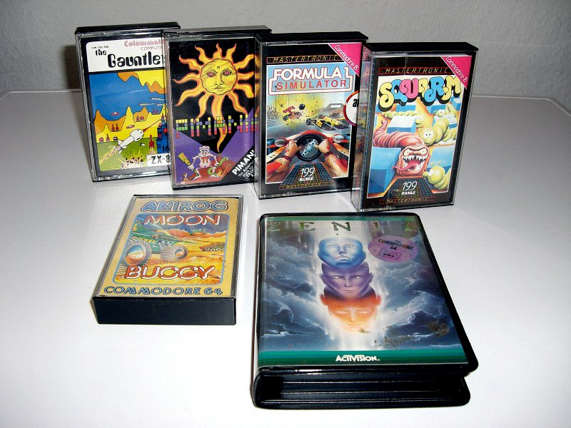 Heimcomputer-Spielkassetten für Commodore 64/16 und ZX81. (Bild: André Eymann)