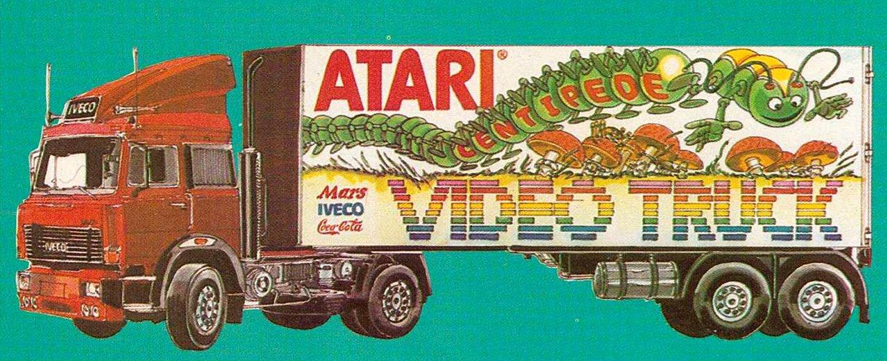 Der bunte Atari Video-Truck zog schnell die Blicke auf sich. (Bild: Atari)