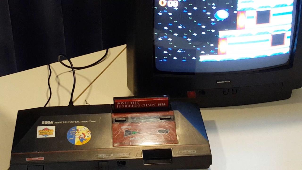 Master System mit Sonic Chaos. (Bild: Rüdiger Dinges)