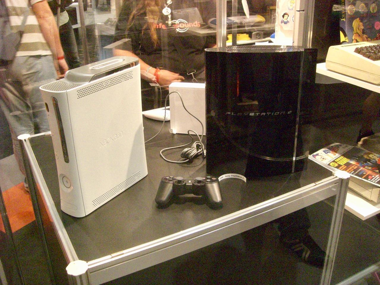 Xbox 360 und PS3: Kampf der Giganten. (Bild: André Eymann)