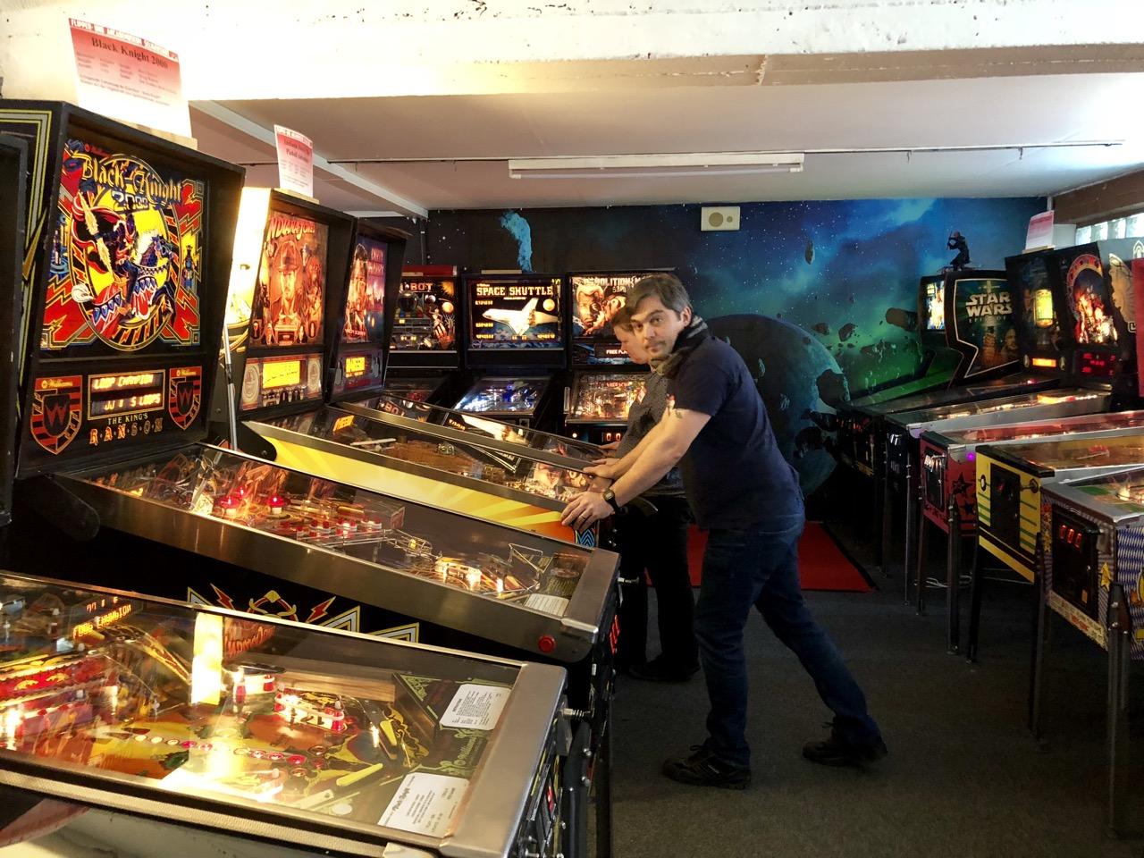 So muss Flippern. Das Museum bietet eine enorme Menge an wunderbar gepflegten Maschinen. (Bild: André Eymann)