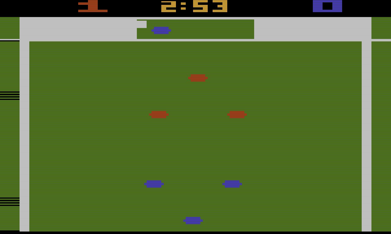 Pelé's Soccer: welches der sechs farbigen Pixel auf dem Feld Pelé darstellt, bleibt 1981 noch der Fantasie des Spielers überlassen. (Bild: Atari)