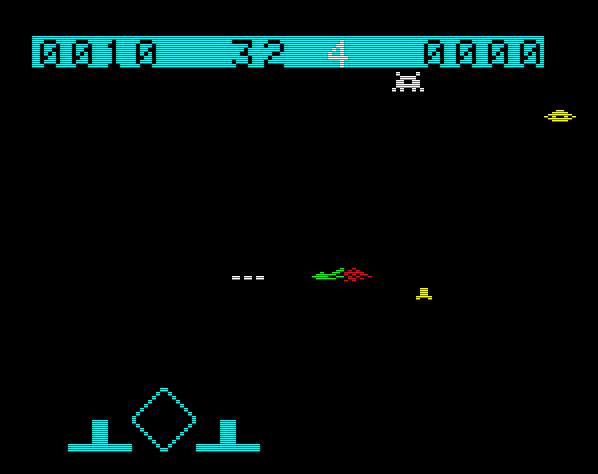 Das ebenfalls 1982 veröffentlichte Weltraumspiel Space Raiders lehnt sich deutlich an Williams Defender an. Es bietet zwar nicht die grafische Opulenz seines Vorbilds, kann dafür aber mit einer freien horizontalen Spielwelt aufwarten. (Bild: Schmid)