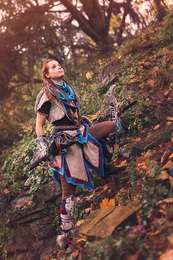Aloy aus dem Spiel Horizon Zero Dawn von Guerilla Games (im Nora Brave Outfit). Model: Sarah. Instagram: @undeaddeer. Facebook: @undeaddeer. (Foto: Annika Witt)
