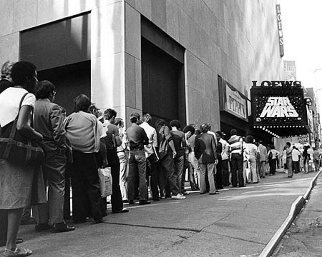 Eine Star Wars Vorführung im Loews Astor Plaza Kino in New York, USA. (Bild: LucasArts)