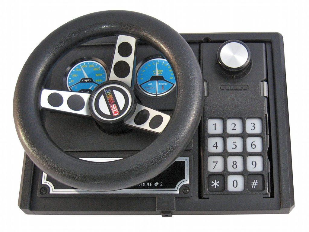 Das Ausbaumodul #2 bot ein Rennfahrer-Cockpit, dass beispielsweise mit dem Autorennspiel Turbo genutzt werden konnte. (Bild: Torsten Othmer)