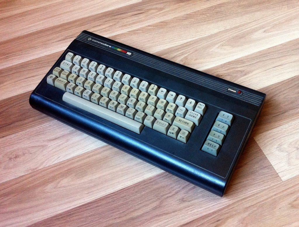 Edler kleiner Bruder. Der C16 wurde zu einem Underdog der Commodore-Gemeinde. (Bild: Domingo Fivoli)