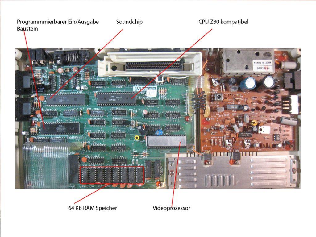 Motherboard des ähnlich aufgebauten SVI-728 mit den entsprechenden Bauteilen. (Bild: Torsten Othmer)