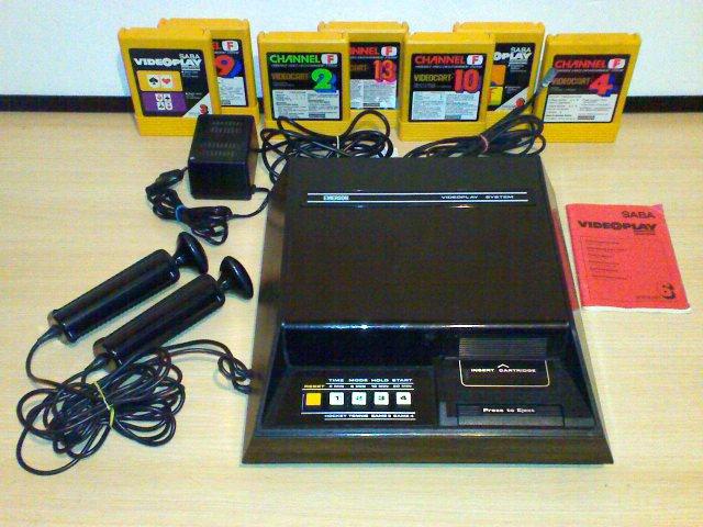 Emerson Videoplay System mit Zubehör und Spielmodulen. (Bild: Fredric Blåholtz)