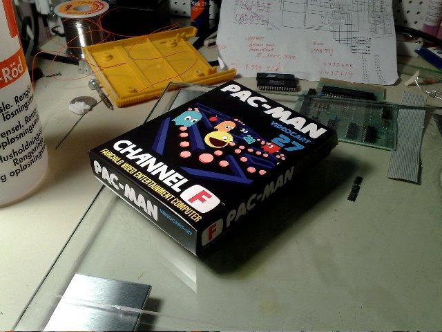 Verpackung für die Pac-Man Version der Videoplay-Konsole. (Bild: Fredric Blåholtz)