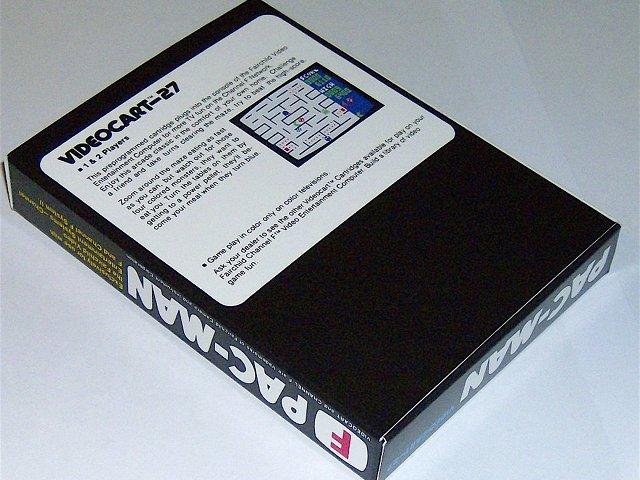 Rückseite der Verpackung für die Pac-Man Version der Videoplay-Konsole. (Bild: Fredric Blåholtz)
