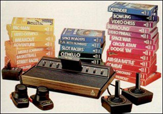 Die Atari VCS 2600 Konsole wurde 1977 in den USA und drei Jahre später, also 1980 in Europa veröffentlicht. Insgesamt wurde ca. 30 Millionen Geräte von diesem Modell verkauft. (Bild: Atari)