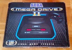 Mein originales Sega Mega Drive II aus den Neunzigern. (Bild: Christian Serra)