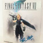 Final Fantasy VII (PC Big-Box) mit einem Autogramm von Nobuo Uematsu. (Bild: Tony Barthelmann)