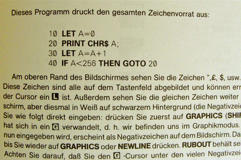 Das ZX81 Handbuch bot einen guten Einstieg in die Programmiersprache BASIC. (Bild: Sinclair)