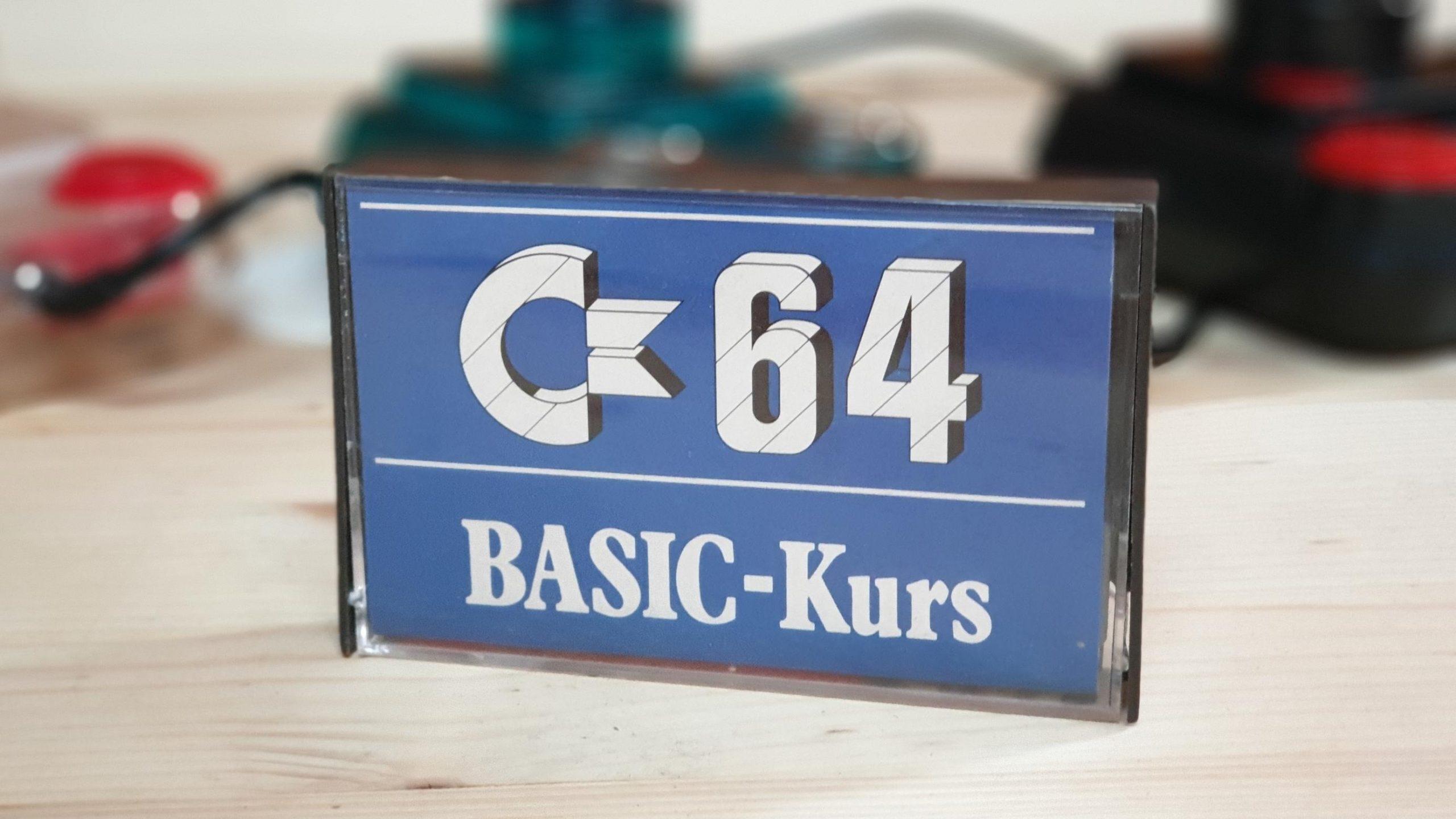 "Die Kassette ""C64 BASIC-Kurs."" (Bild: Gerrit Ludwig)"