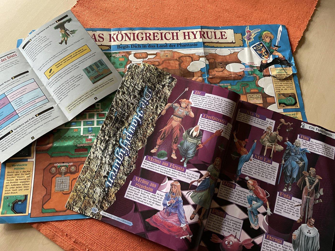 Einige alte Magazine und Anleitung aus Privatbesitz. (Bild: Florian Auer)