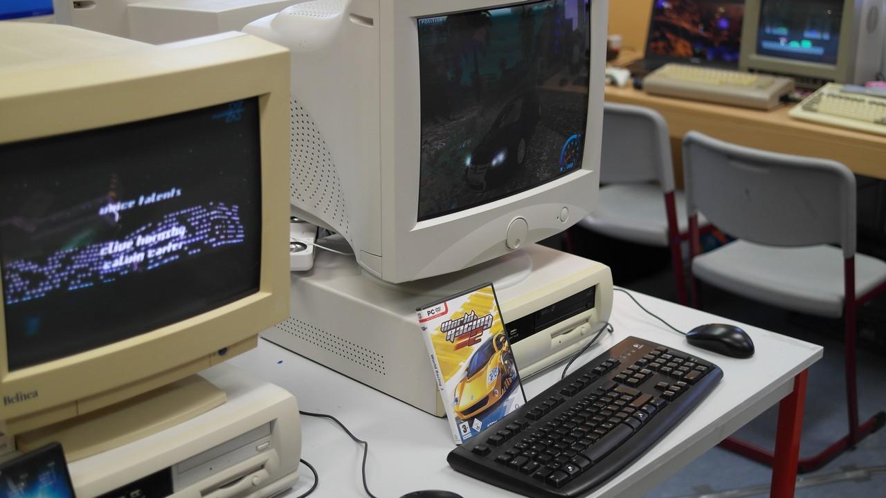 Sogar eine aufgebaute Retro-Lan-Station mit allseits bekannten DOS-Klassikern steht regelmäßig zur Verfügung und sorgt immer für viel Spaß unter den Teilnehmern. (Bild: Daniel Rene Steinbiss)